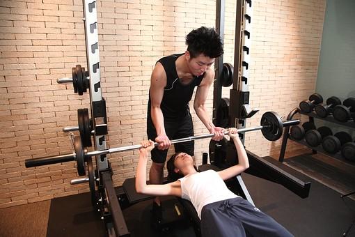 スポーツトレーナー系鍼灸師が解説 筋トレのオススメ栄養摂取HMB